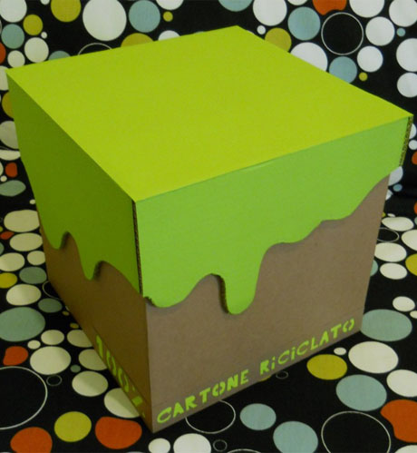 scatola riciclo cartone