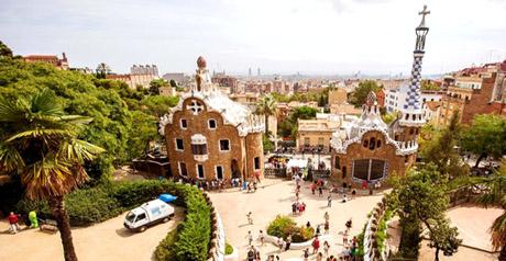 Barcellona parc guell e biologico una vacanza naturale for Barcellona vacanza