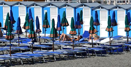 39 lidi ecosostenibili 39 il turismo fa rima con ambiente e for Planimetrie della cabina della spiaggia