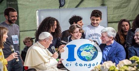 Papa Francesco Villaggio per la Terra - Earth Day Italia